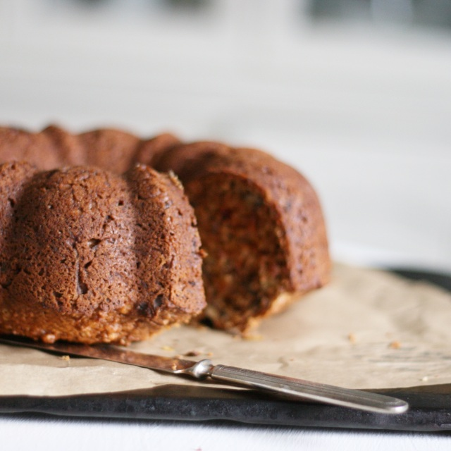 Beet carrot and apple cake
