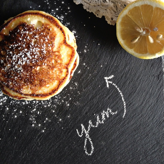 lemon ricotta pancakes dusted with icing sugar